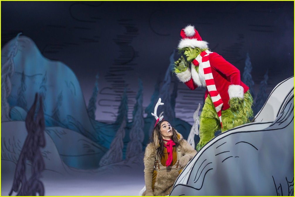 booboo stewart transforms into young max the dog from dr seuss the grinch 33