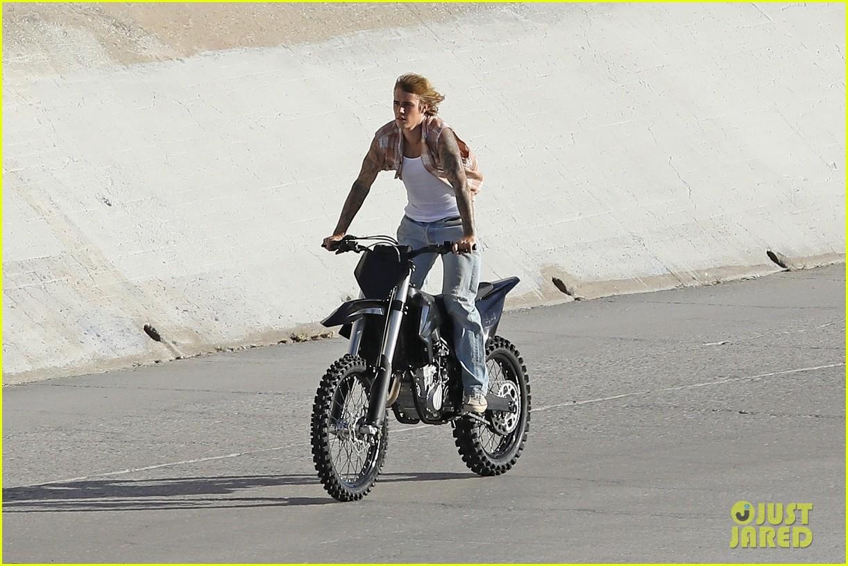 justin bieber rides motorcycle music video 06