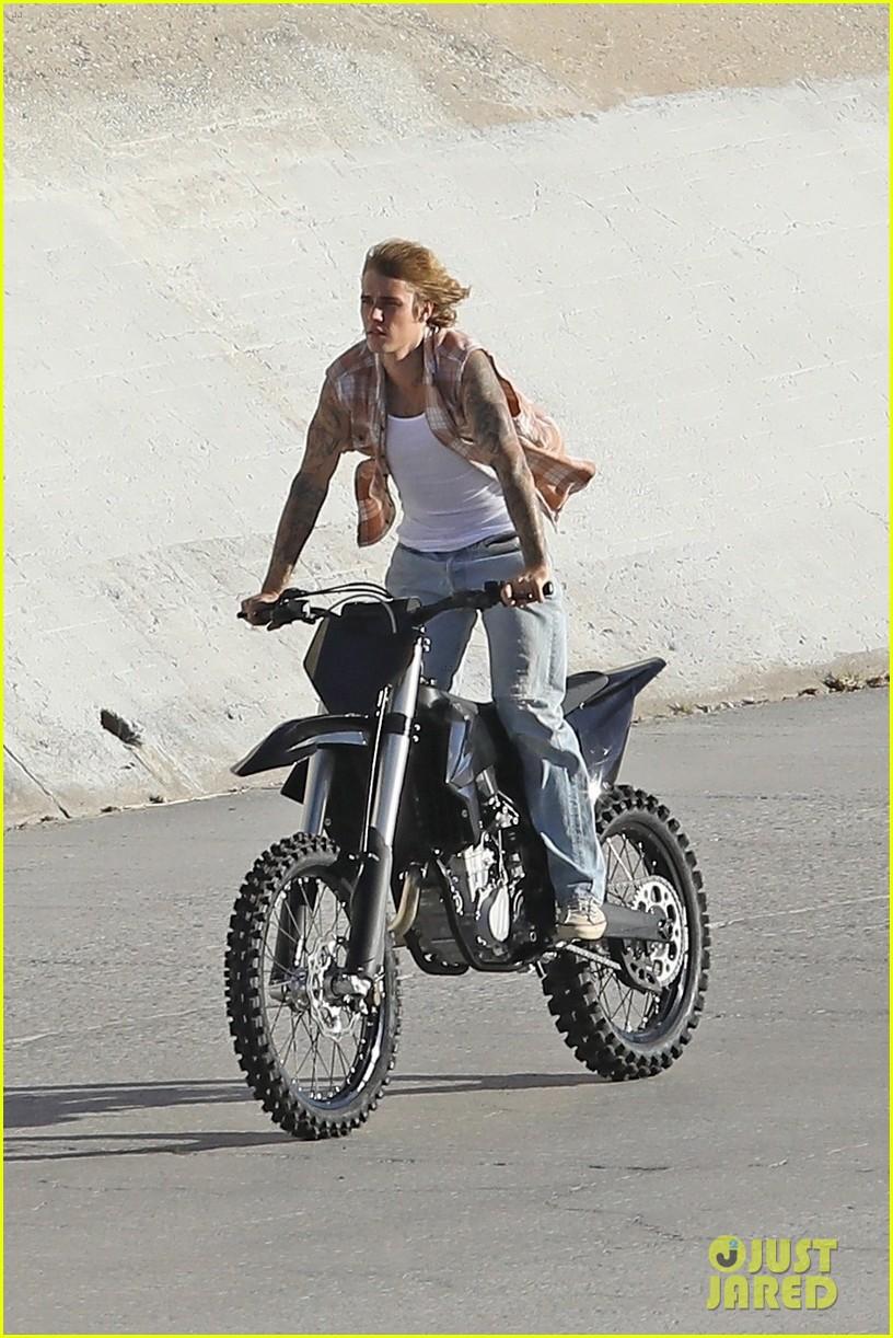 justin bieber rides motorcycle music video 09