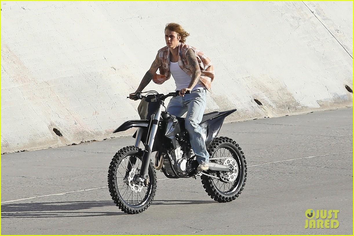 justin bieber rides motorcycle music video 13