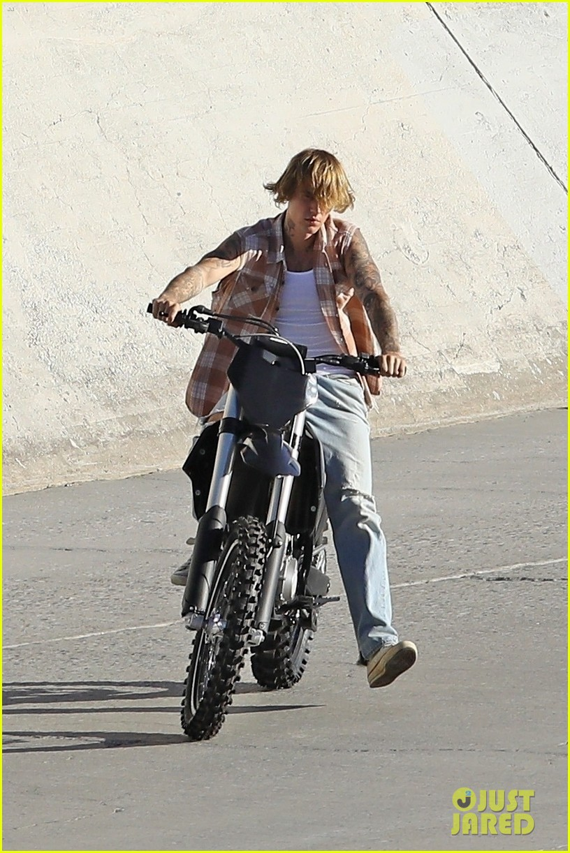 justin bieber rides motorcycle music video 18