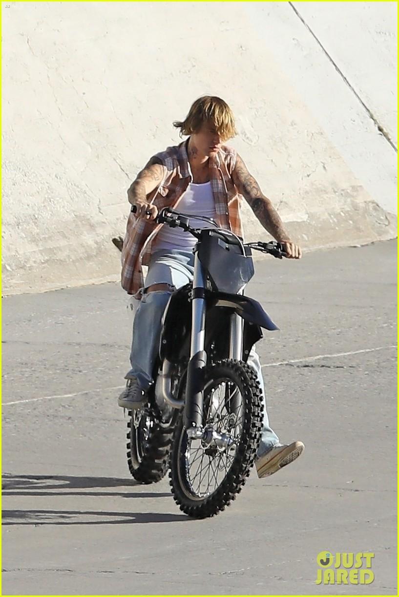 justin bieber rides motorcycle music video 19