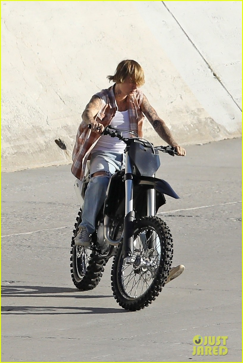 justin bieber rides motorcycle music video 20