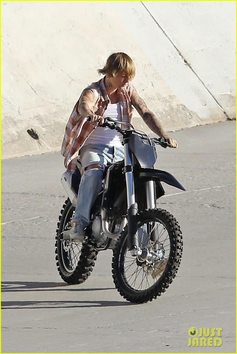 justin bieber rides motorcycle music video 21