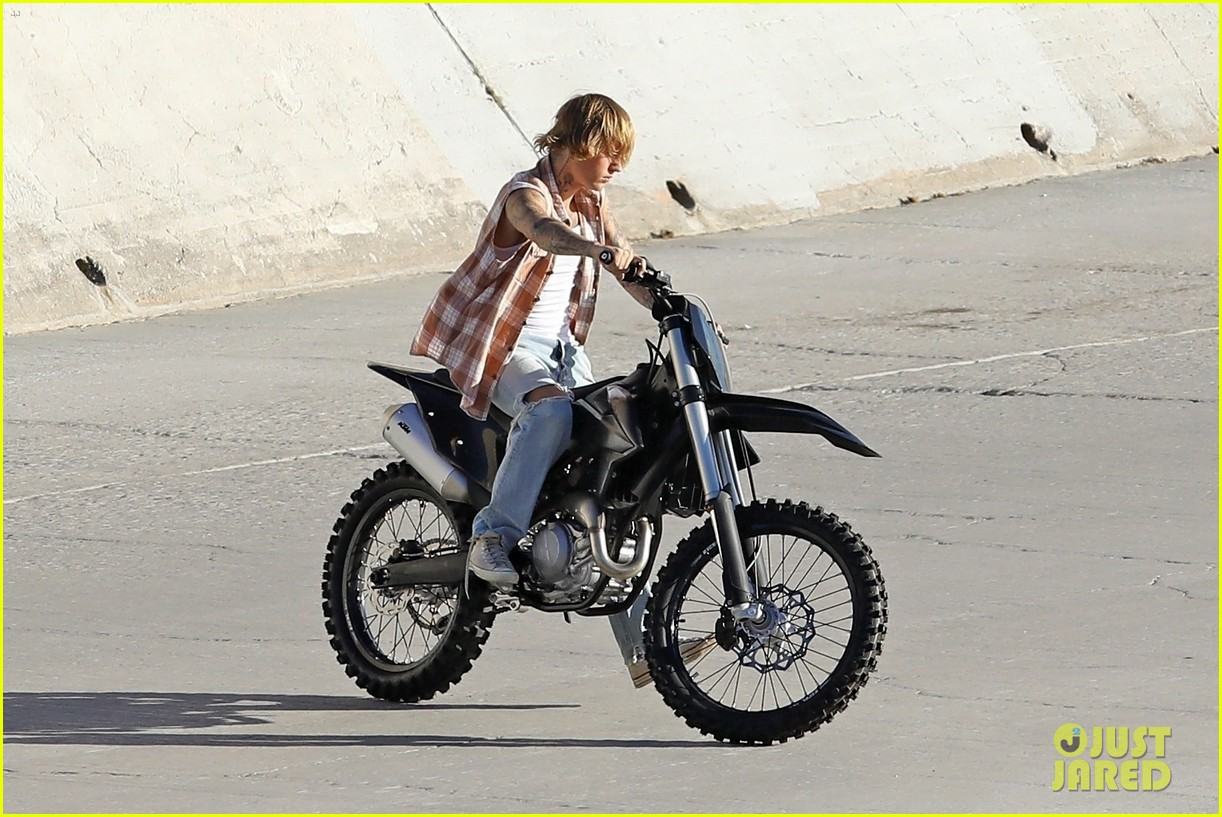 justin bieber rides motorcycle music video 22