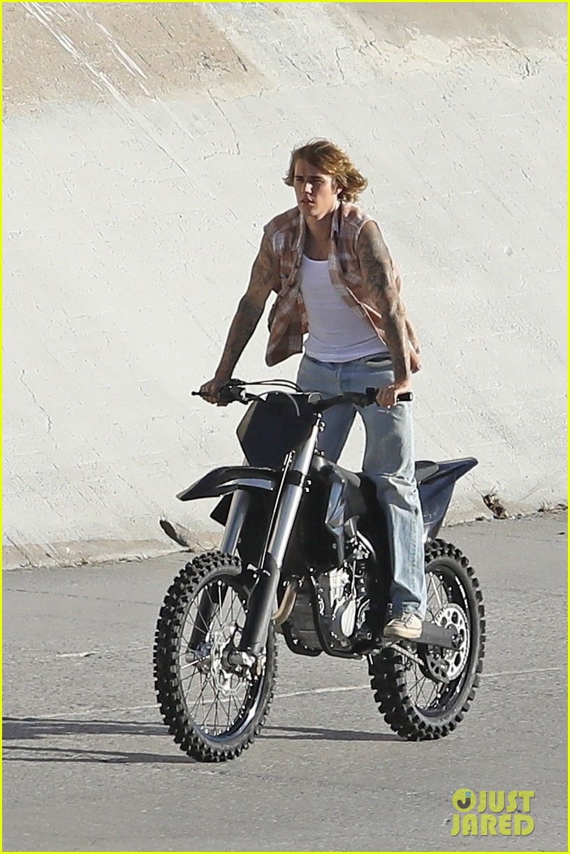 justin bieber rides motorcycle music video 27