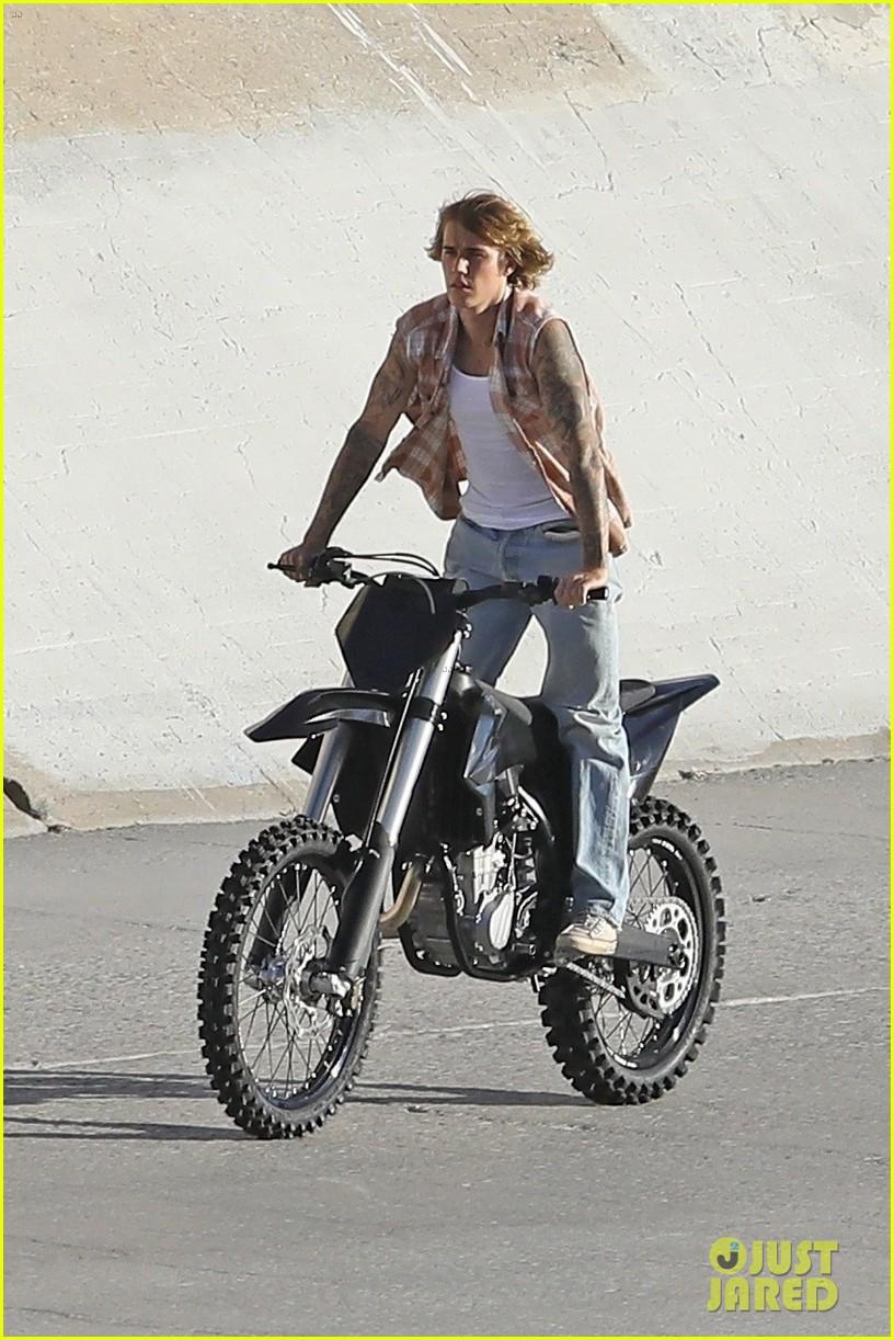 justin bieber rides motorcycle music video 28