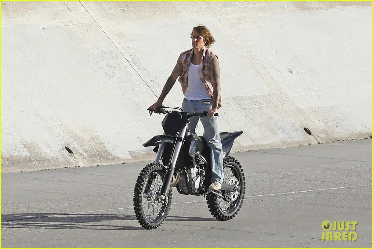 justin bieber rides motorcycle music video 29