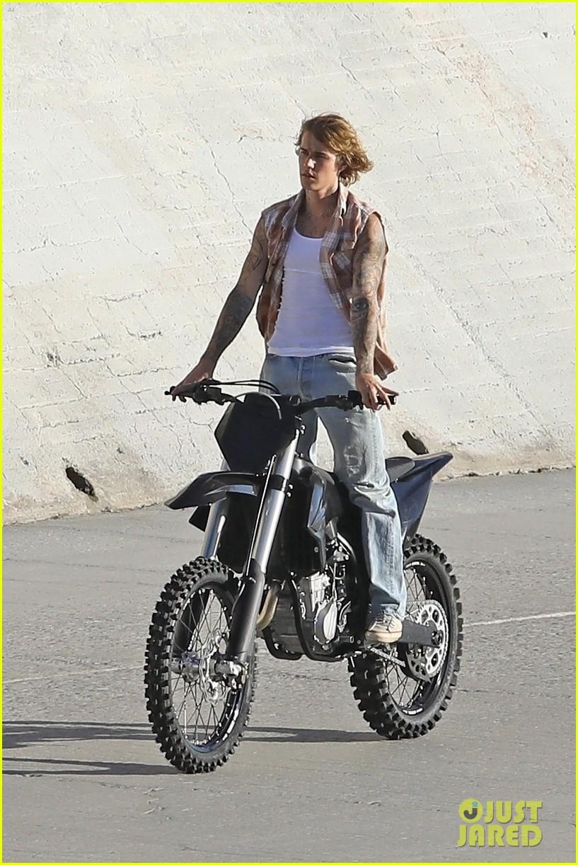 justin bieber rides motorcycle music video 31