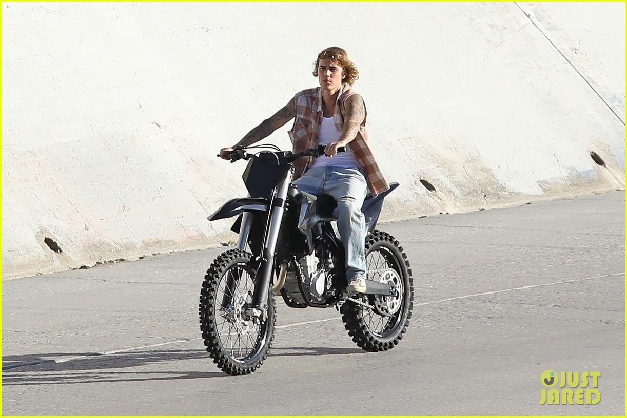 justin bieber rides motorcycle music video 39