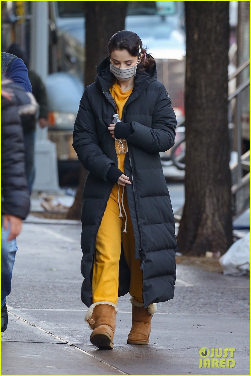 selena gomez bundles up while arriving on set of only murders 01