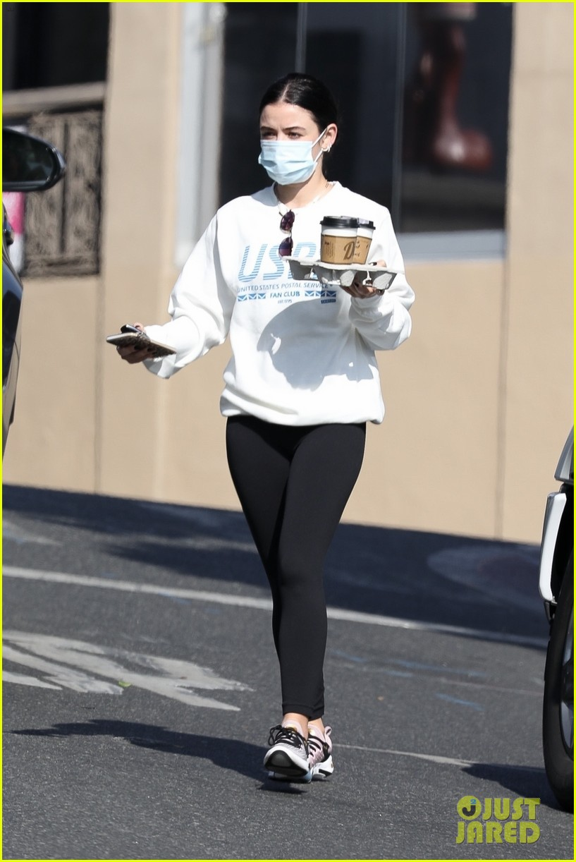 lucy hale is back in los angeles after spending months in new york 01