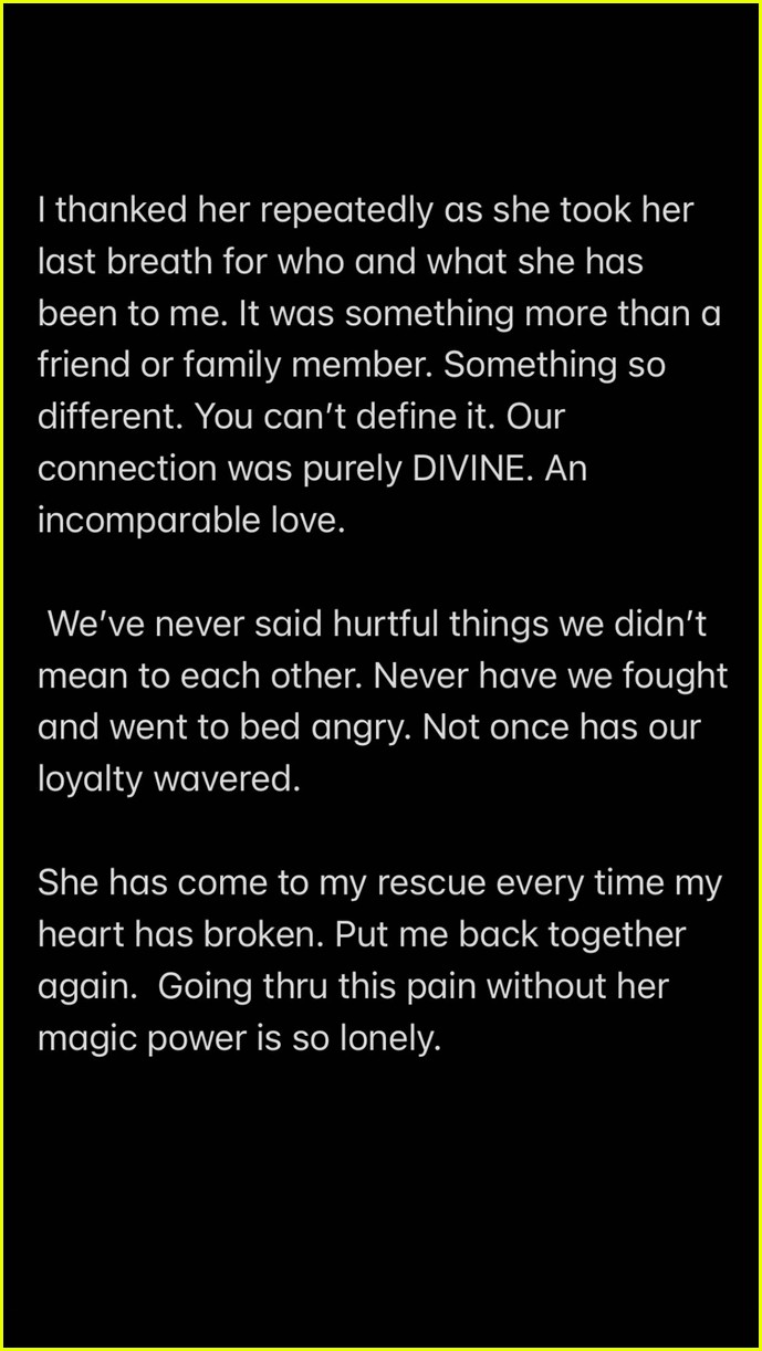 miley cyrus reveals her beloved dog mary jane has passed away 03