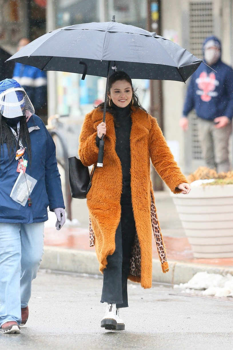 selena gomez leopard orange coat only murders martin short steve martin 22