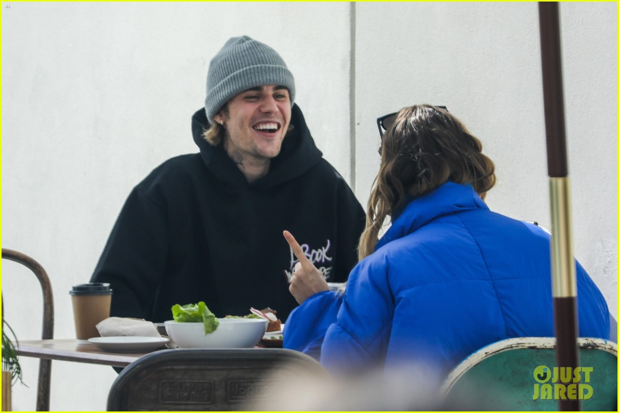 justin hailey bieber lunch ahead of grammys 48