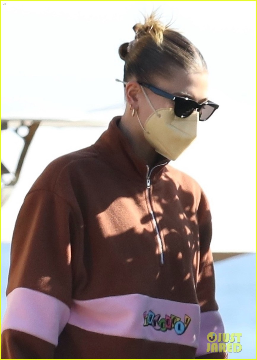 hailey justin bieber lunch nobu unstable quote 04