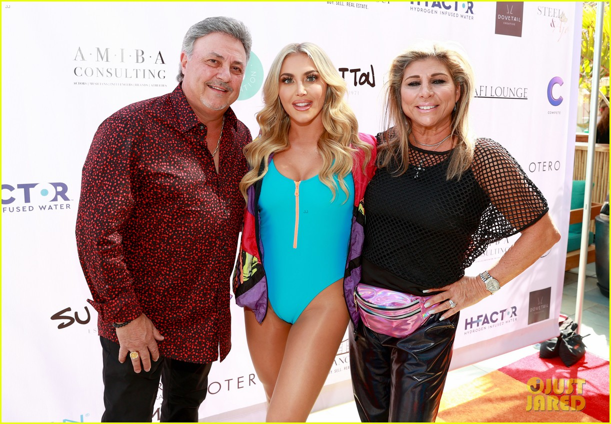 dominic sherwood jack griffo more get into 80s spirit for cassie scerbo bday 08