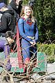 melissa benoist shows off her smile on supergirl set day before premiere 05