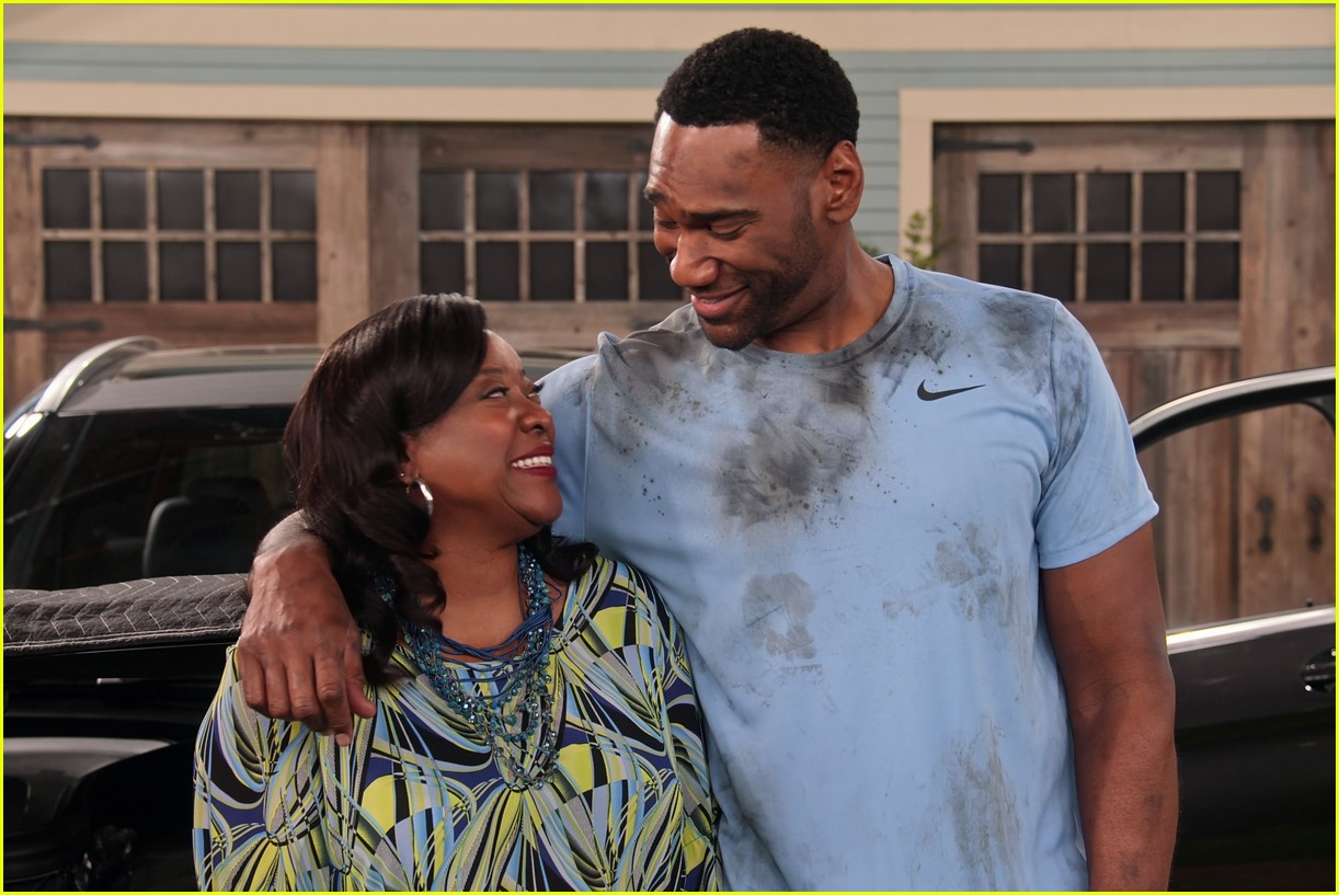 talia jackson isaiah russell bailey more star in family reunion part 3 trailer 04
