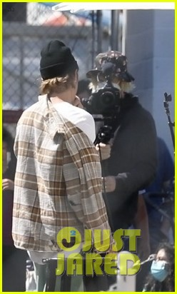 justin bieber performs at school after night out with hailey bieber 11