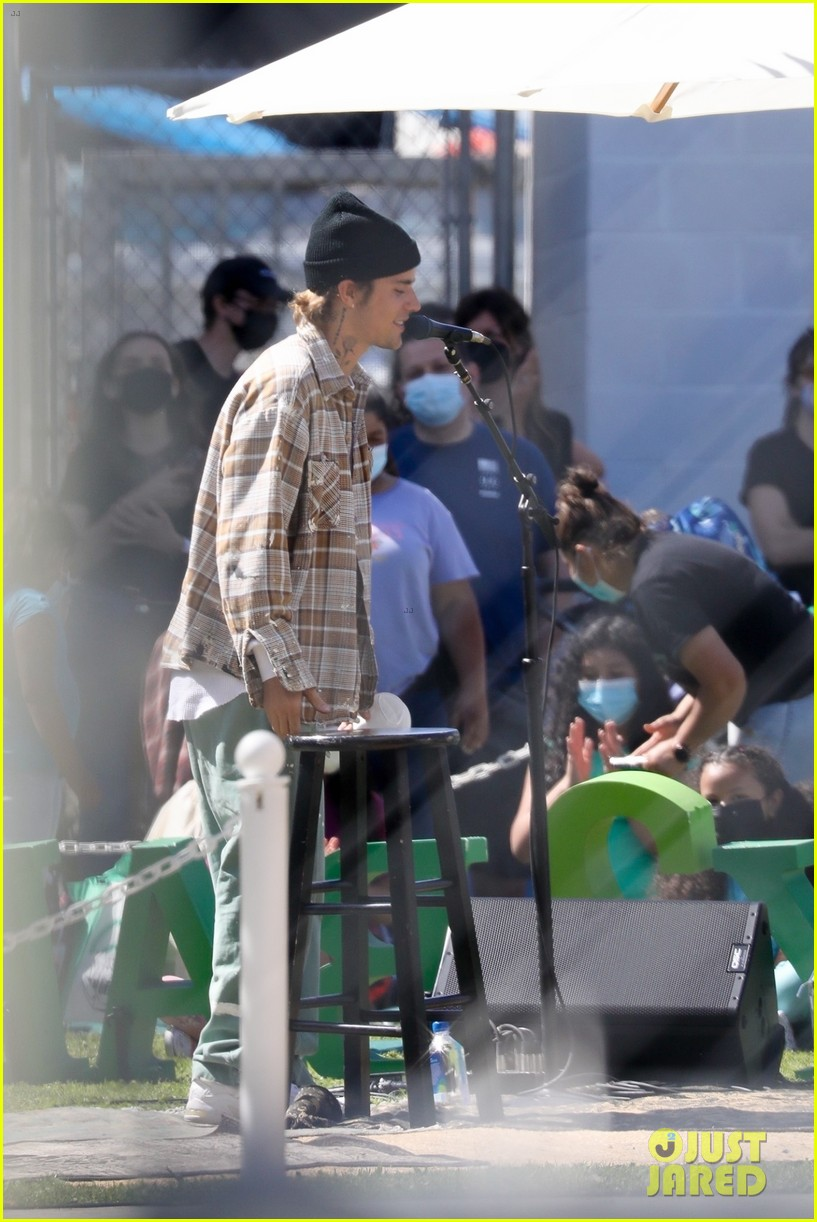 justin bieber performs at school after night out with hailey bieber 71