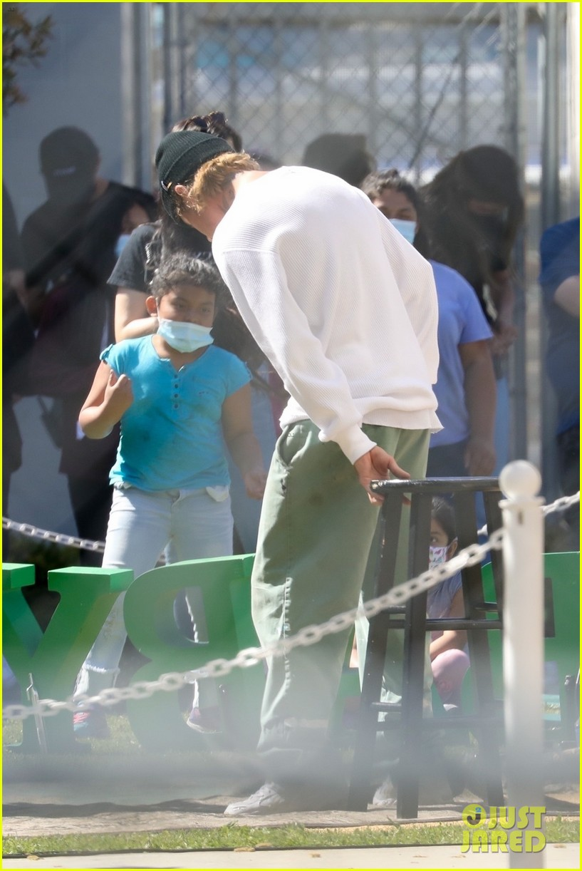 justin bieber performs at school after night out with hailey bieber 79