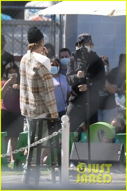 justin bieber performs at school after night out with hailey bieber 93