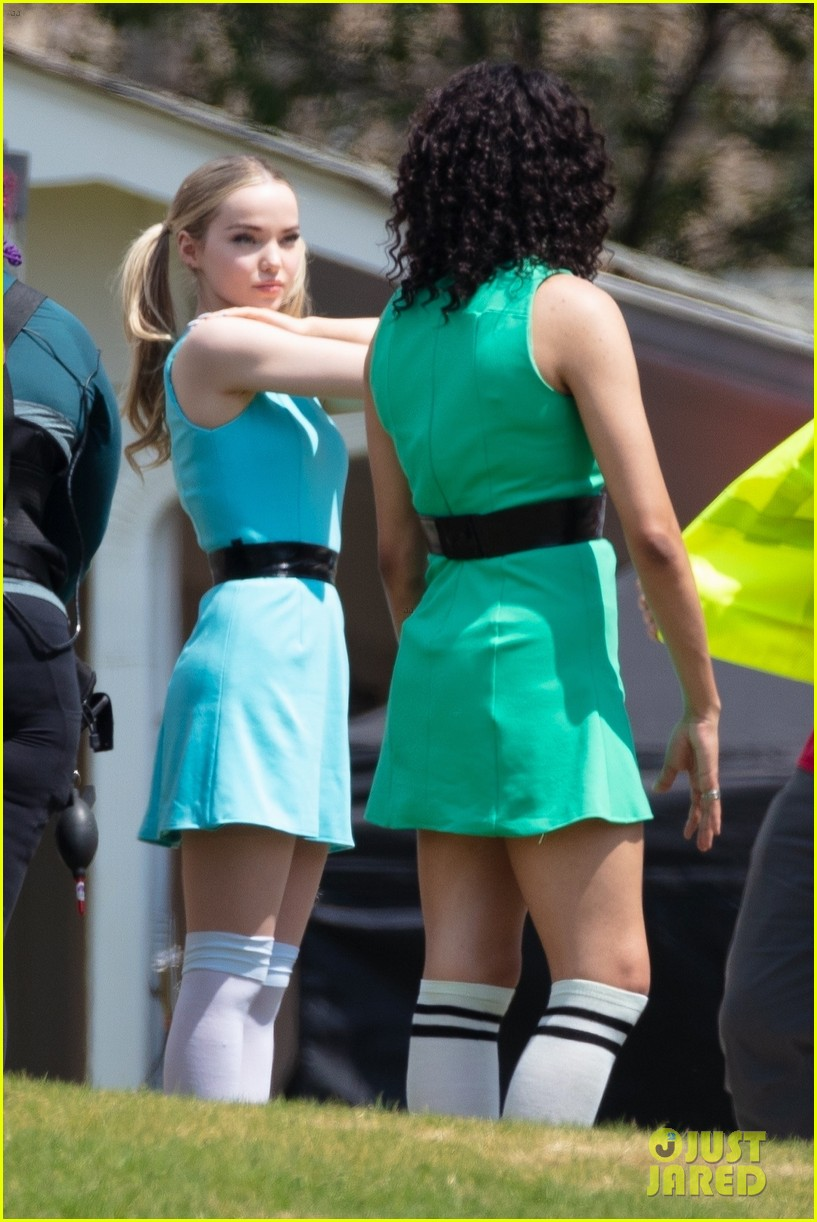 dove cameron chloe bennett yana perault get into character on first day of powerpuff 13