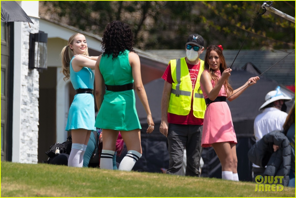dove cameron chloe bennett yana perault get into character on first day of powerpuff 14