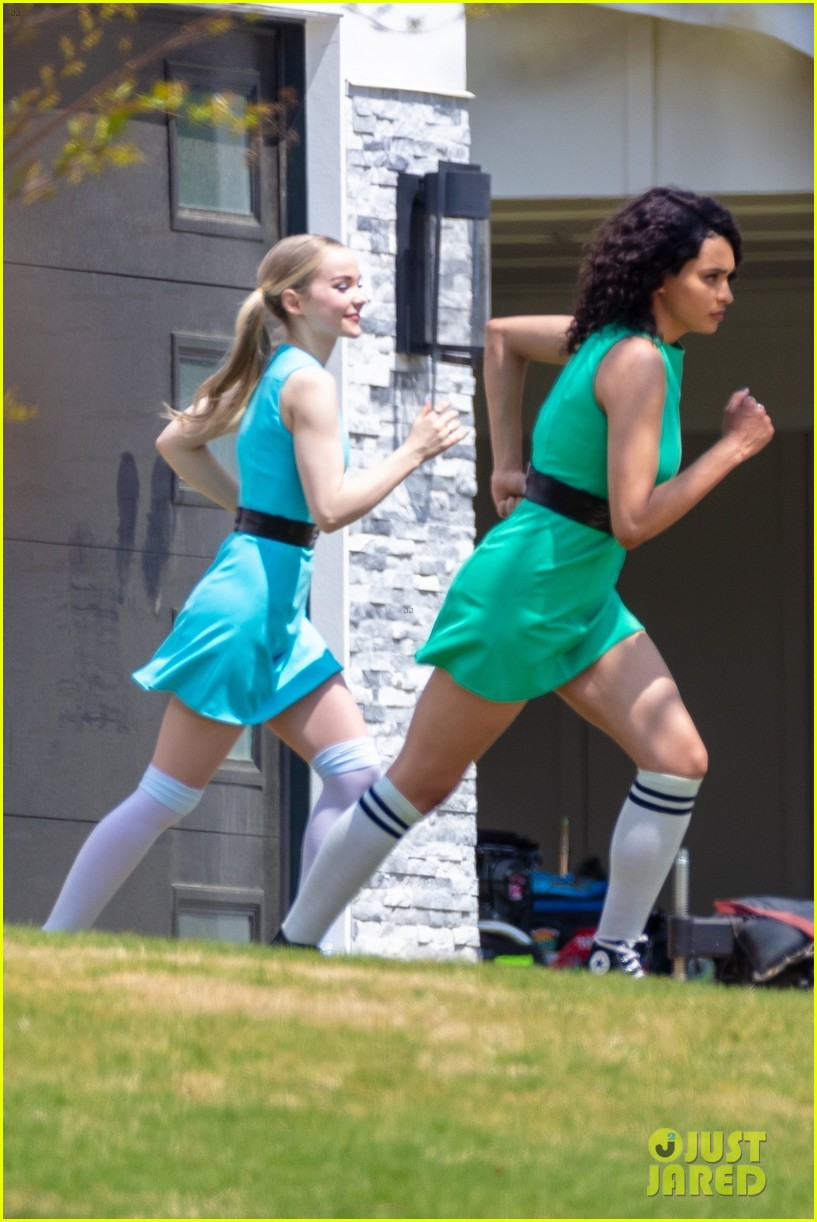 dove cameron chloe bennett yana perault get into character on first day of powerpuff 22