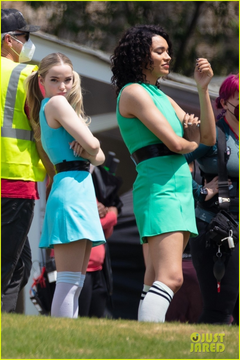 dove cameron chloe bennett yana perault get into character on first day of powerpuff 28