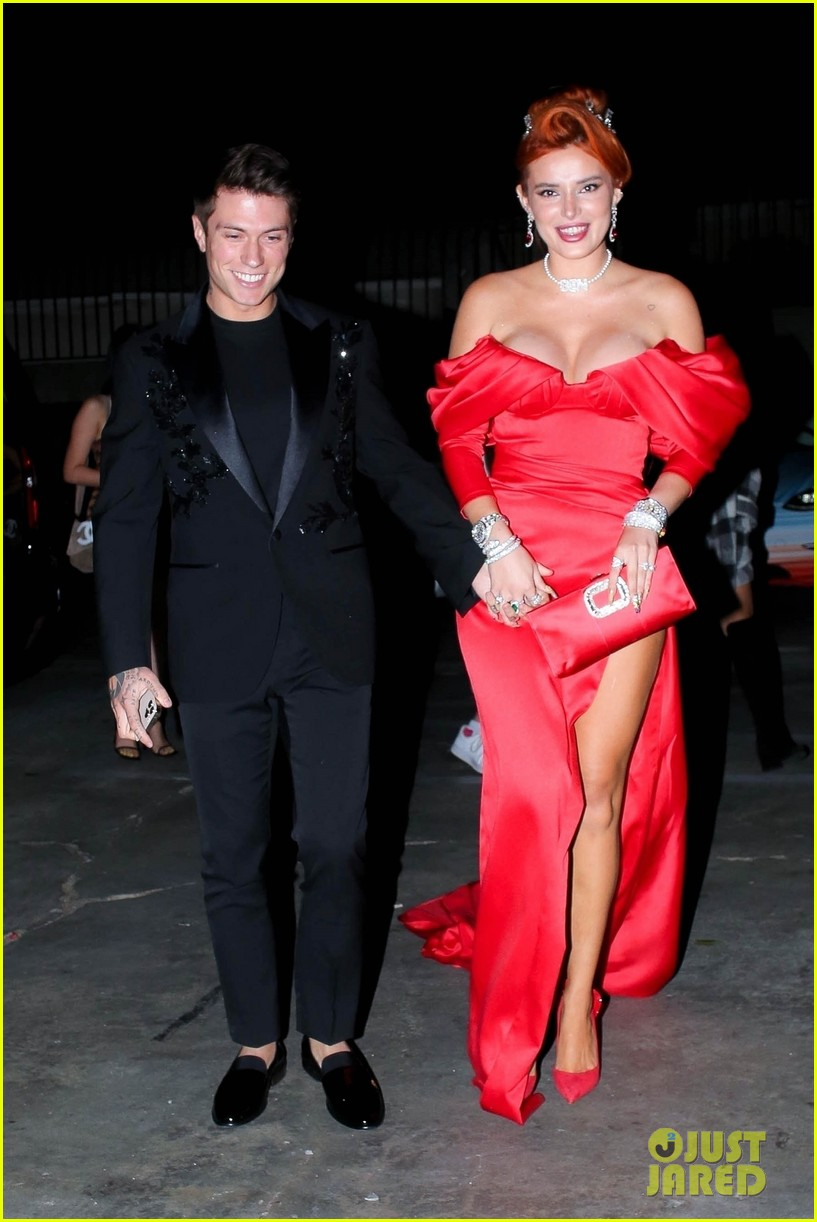 bella thorne engagement party with benjamin mascolo 05