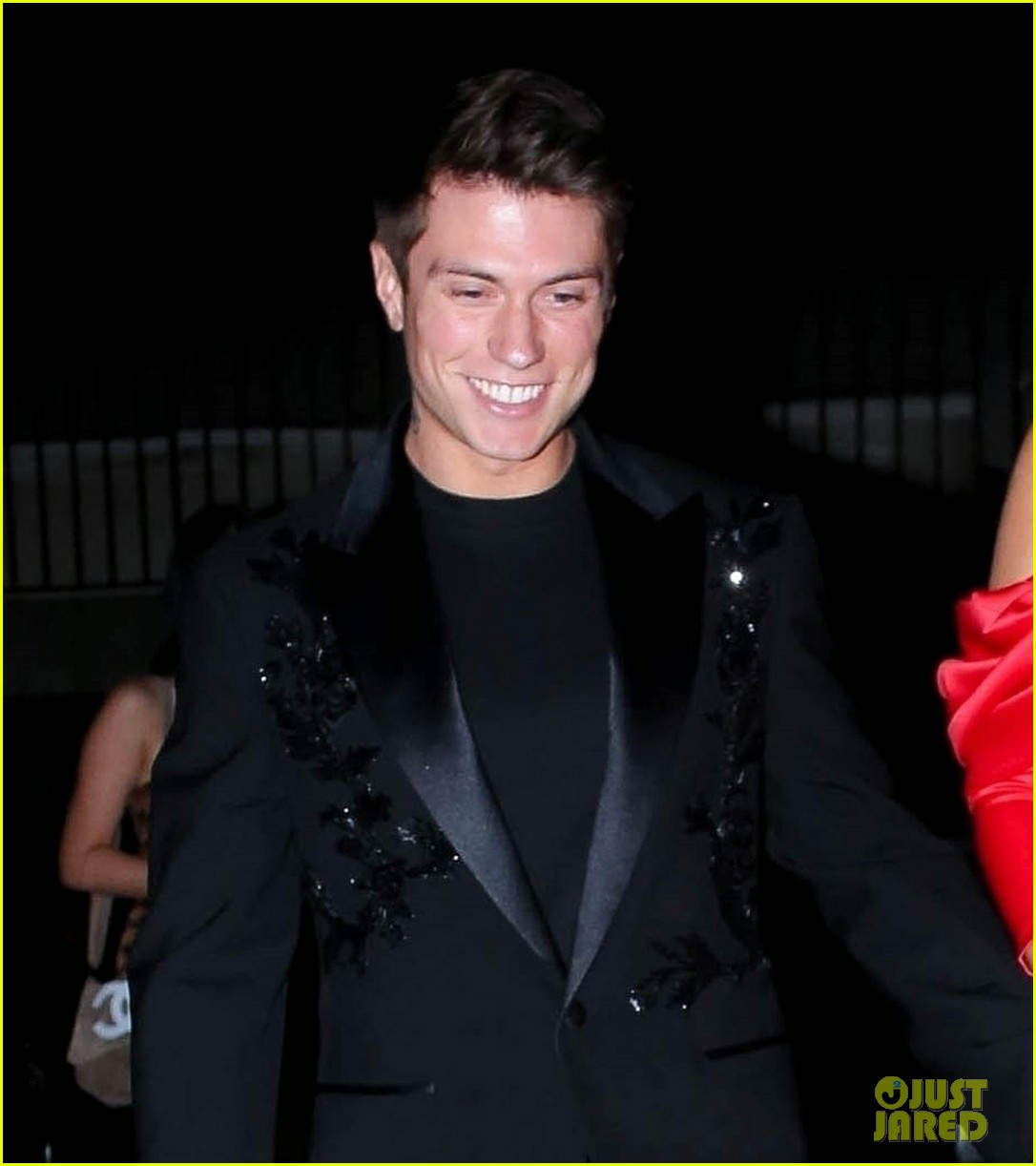 bella thorne engagement party with benjamin mascolo 08