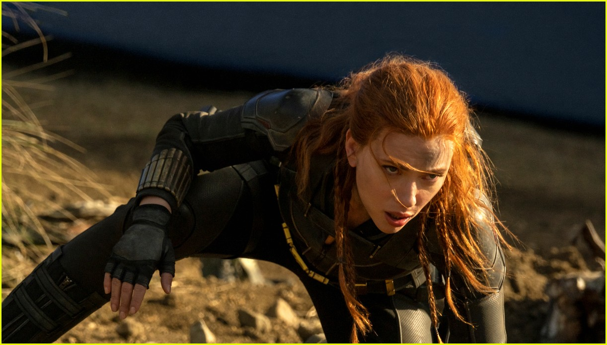 florence pugh ever anderson star in new black widow trailer 07
