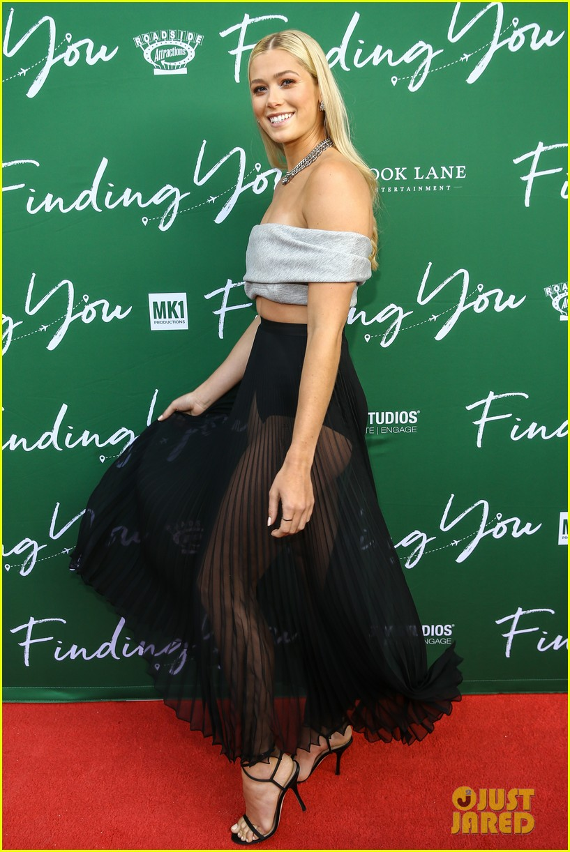 rose reid attends special screening of new movie finding you 04