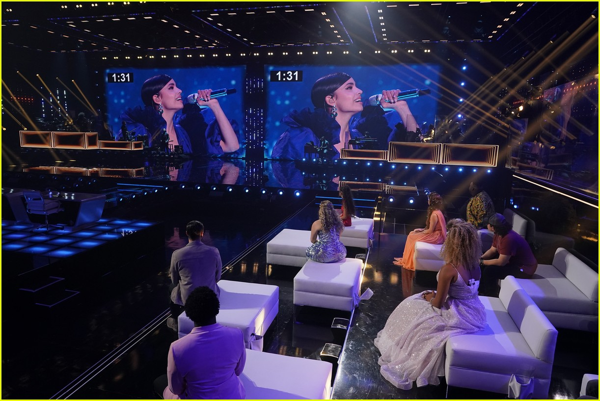 sofia carson kicked off american idol with a whole new world 02