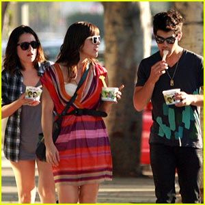 Joe Jonas is Yogurt Yummy