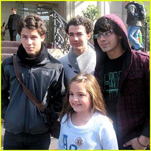 Jonas Brothers: Toronto Trio