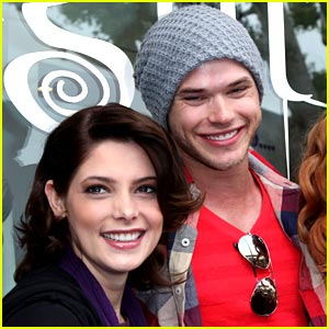 Ashley Greene & Kellan Lutz: Jason Mraz Mates