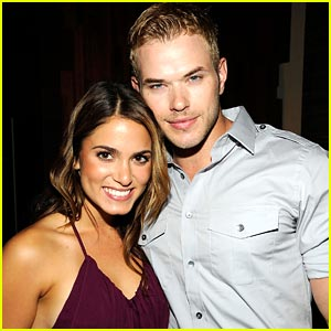 Nikki Reed & Kellan Lutz Howl At New Moon