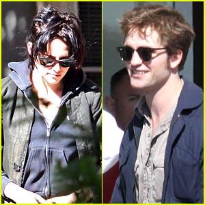 Kristen Stewart & Robert Pattinson: New Moon Movie-Goers