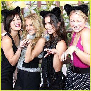 Josie Loren & Ayla Kell are Kitty Cute