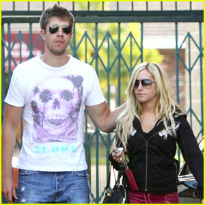 Ashley Tisdale & Scott Speer: Paty's Pair