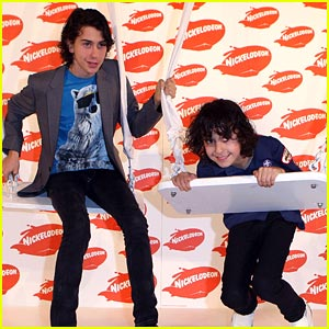 Nat & Alex Wolff Swing Into the Aussie KCAs