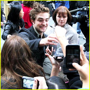 Robert Pattinson Talks Rumors On Today Show