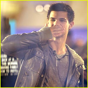 Taylor Lautner Talks Twi-day