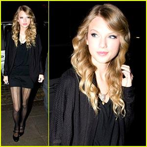 Taylor Swift Stiffed By Sports Bar