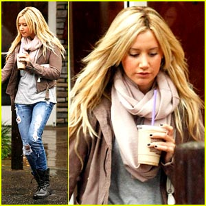 Ashley Tisdale is Scarf Sweet
