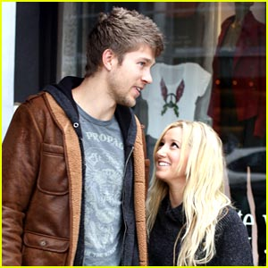 Ashley Tisdale & Scott Speer Come Back To Urth