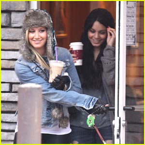 Ashley Tisdale & Vanessa Hudgens: Coffee Bean BFFs